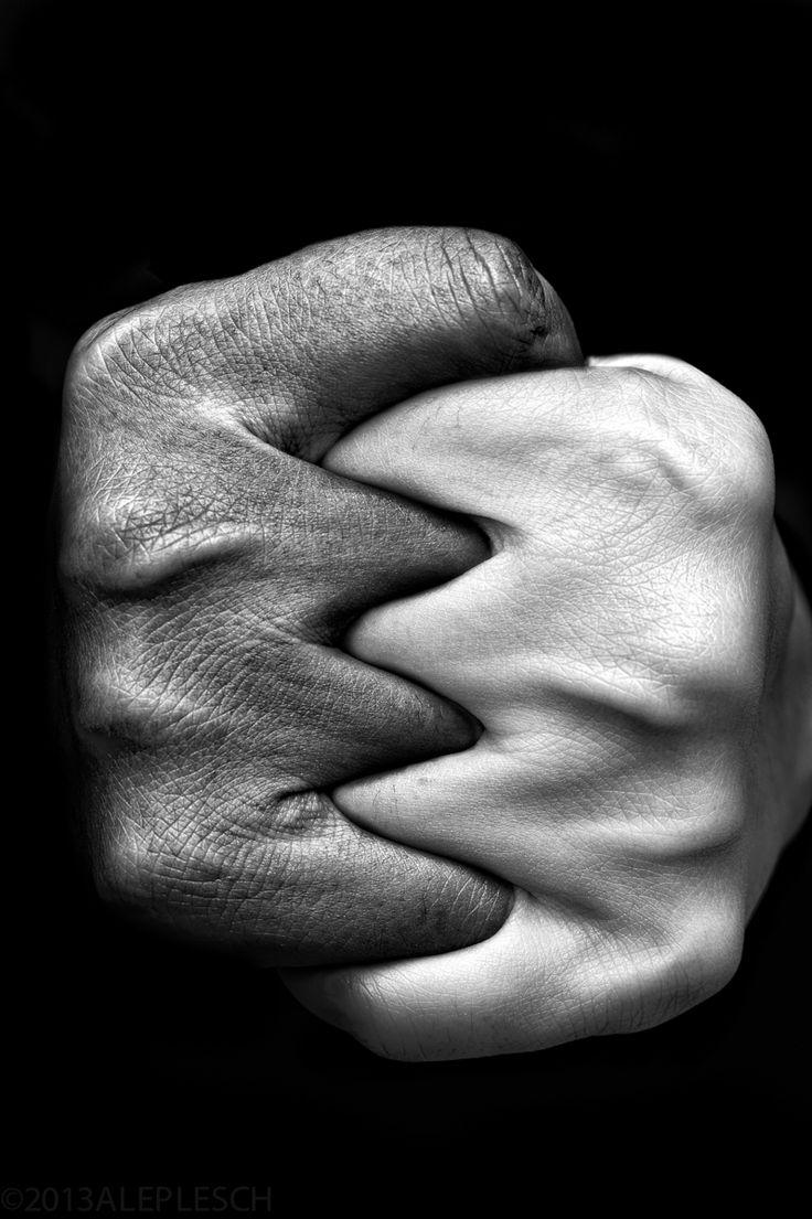 05877f7ed9aa5142116cd0b561f31b50--black-and-white-couples-white-black